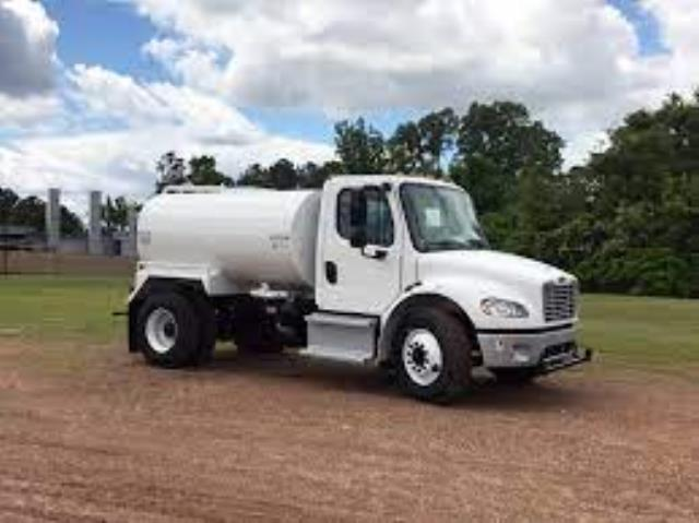 Where to find Truck, Water 2000 Gallon in Santa Fe Springs