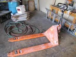 Where to find Pallet Jack in Santa Fe Springs